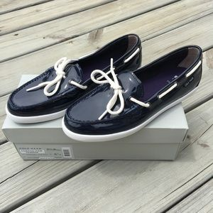 NWB Cole Haan Navy Patent Moccasins Size 8.5B 💋